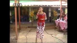 SETA MUSICA LELAKONKU voc FEBBY FEROSTA