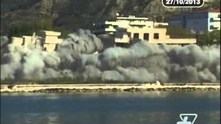 Shembet pallati, 180 gropa me eksploziv për shkatërrimin - News, Lajme - Vizion Plus