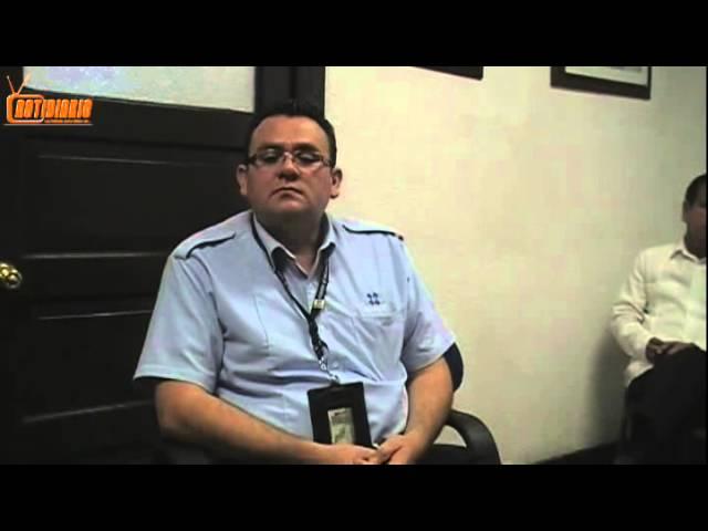 Le dan con todo al administrador de aduanas periodistas en Agua Prieta