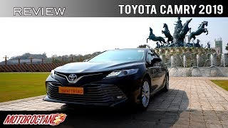 Toyota Camry 2019 Review | Hindi | MotorOctane