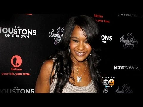 Whitney Houston Tribute Takes More Somber Tone As Her Daughter Fights For Her Life