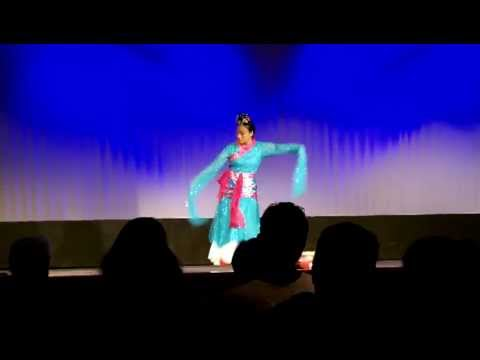 2013 CNY - Riverview - Peng Peng Traditional Dance