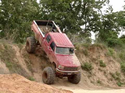 HUGE FORD DIESEL MUD TRUCK Climbs GIANT Hill Video