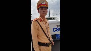 CSGT Hưng Yên khuất phục bởi bác tài quá cứng