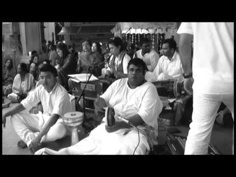 Aarrumugam - Thiruppugazh by Chong Chiu Sen a.k.a Sai Madhana...