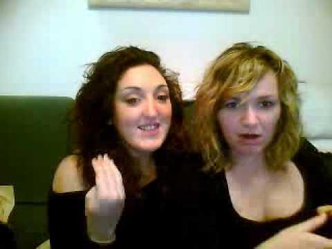 must watch.. dos chicas haciendo....