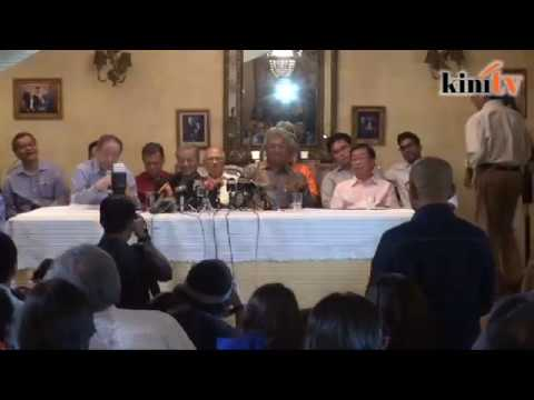 Kit Siang loses cool with reporter over forex scandal poser