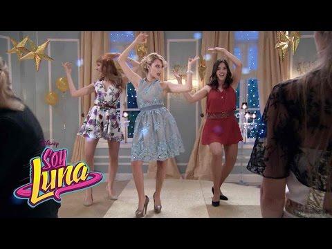 Ámbar, Delfina y Jazmín cantan Chicas así | Momento Musical | Soy Luna
