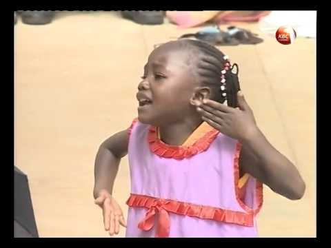 Emily Wanjiru of Gachororo ECD leaves President Uhuru in stitches with presentation