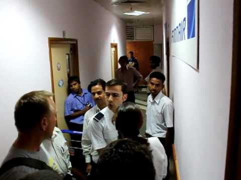 Finnairs staff in New Delhi denying help and threatening the customers
