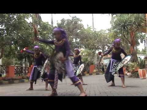 Jaran Kepang ,gurujaman  ( Kencono Wungu ) Mpg video