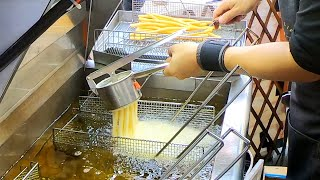 Taiwanese Street Food - Super Long French Fries/Egg Stick Sausage/Oyster Omelette