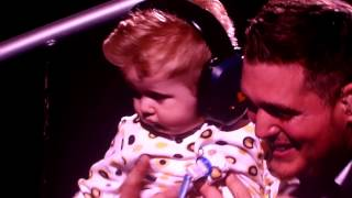 Michael Buble Video - Michael Buble' picks up Noah his son during show