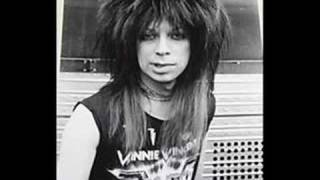 Vinnie Vincent Invasion - Burn