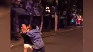 Biến căng đánh nhau giữa bê đê và xích lô ở Tp. HCM