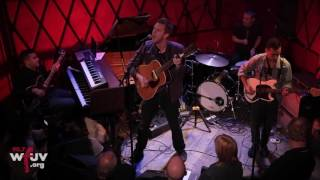 "Hamilton Leithauser and Rostam - ""A 1000 Times"" (Live at WFUV)"