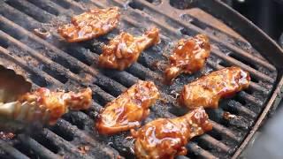 Street Food Around The World - Buffalo Wings in New York