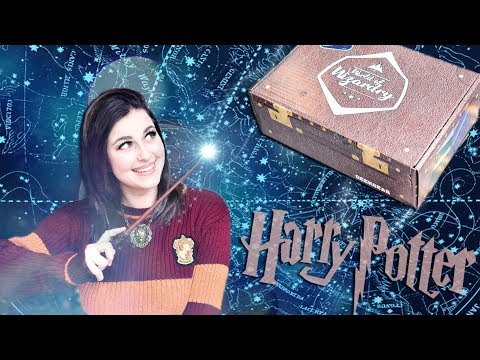HARRY POTTER GEEK GEAR UNBOXING MARCH 2018 | Book Roast