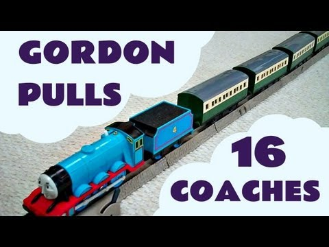 Thomas The Tank Engine Trackmaster GORDON pulls 16 EXPRESS COACHES Kids Toy Train Set