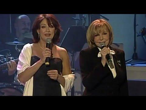 Hana Zagorová a Zlata Adamovská - Máme tu stejnou touhu hrát (Elenore) (LIVE - 2004)
