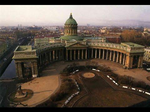 Казанский собор внутри.  Солнце и Богородица