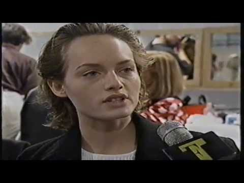 Amber Valletta 1993