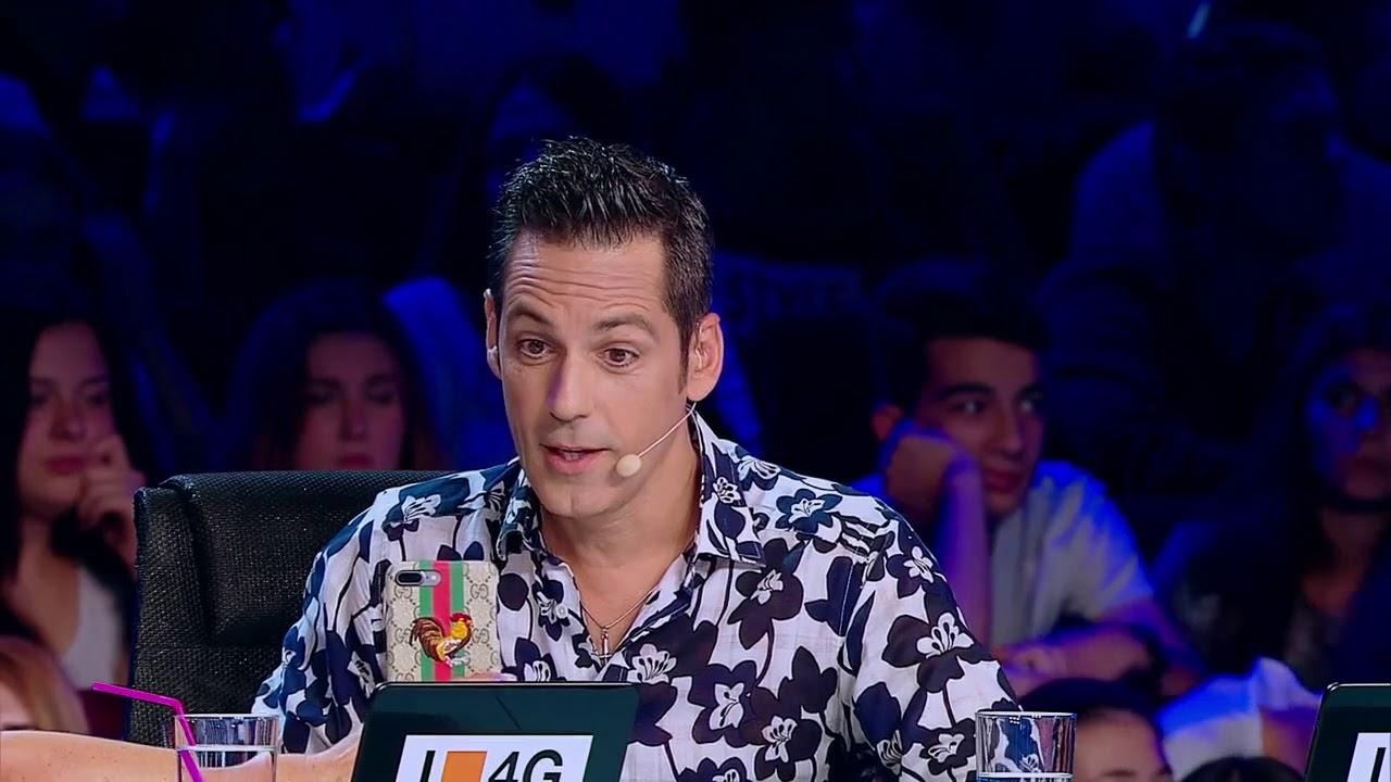 """Juraţii X Factor sunt """"fierţi"""" pe tehnologie"""