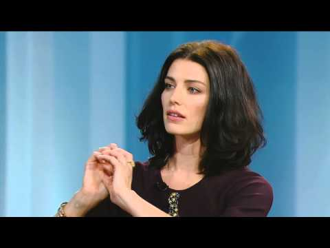 "Jessica Paré On Mad Men Season 7: Violence And Despair Is Coming ""Closer And Closer"""
