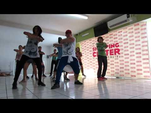 Pitbull- Bom Bom Chek Chek (coreografía)  by 'carlithos Lizarraga video