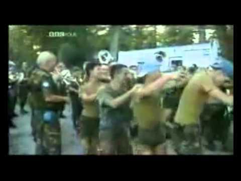 Dutch cowards in Srebrenica