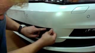 Видео: Защитная сетка радиатора Volkswagen Golf VII black
