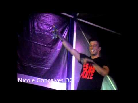 David Carreira - Almod�var - 'Shots ; Shots / Pump It' *5.07.2013*