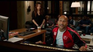 Download Lagu Pitch Perfect 2 Snoop Dogg singing scene Gratis STAFABAND