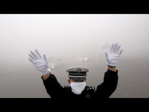 Super Dense Smog Paralyzes Northeastern China