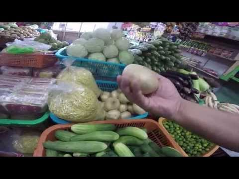 COST OF LIVING IN PHILIPPINES FISH FRUIT PORK VEGTABLES Pt 1 of 2 FARMERS MARKET IN THE PHILIPPINES