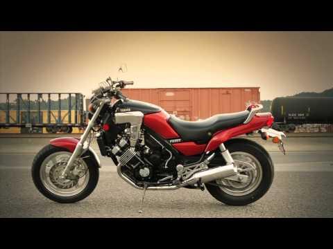1986 Yamaha FZX 700 Fazer