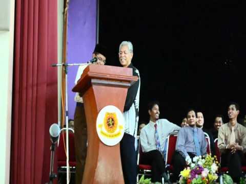 Video : Motivasi DS Idris Jusoh buat Pelajar MRSM Kota Putra