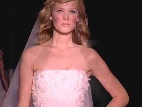 Vestidos de novia Pronovias 2011 Fashion Show  - Wedding Dresses - Wedding gowns - Vestido de novia