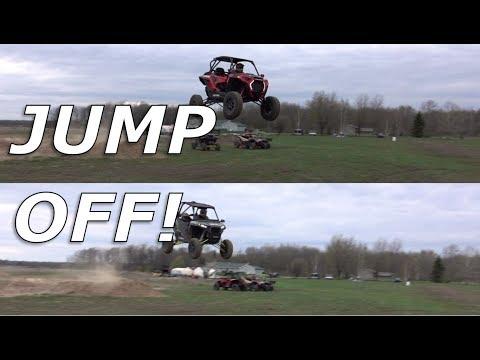 Polaris RZR XP1000 vs RZR Turbo S jumping!