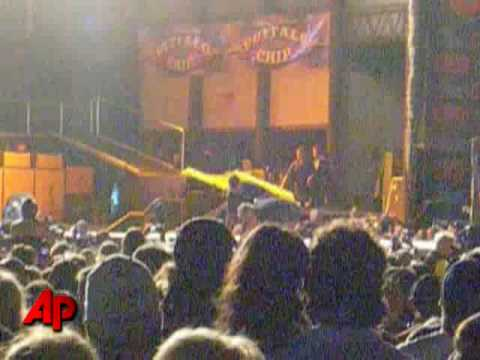 Aerosmith's Steven Tyler's Fall From Stage