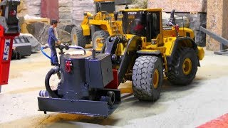 COOL RC VEHICLES IN ACTION! NEW HIGH PRESSURE WATER PUMP! VOLVO LOADER L250G AT WORK