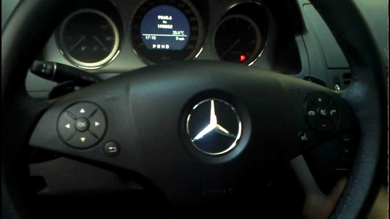 mercedes benz c class w204 2009 reseteo con volante multifunci n youtube. Black Bedroom Furniture Sets. Home Design Ideas