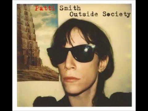 Patti Smith - h Floor High on Rebellion