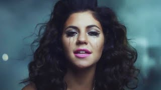 MARINA AND THE DIAMONDS -SHAMPAIN