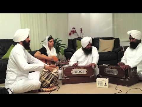 Bisar Gayi Sabh Taat Paraaee - Bhai Harcharan Singh Ji Khalsa (hazoori Ragi Darbar Sahib) video