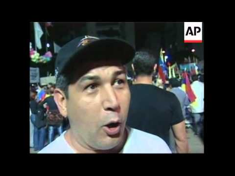 Campaign for Chavez's recall begins with loud protests