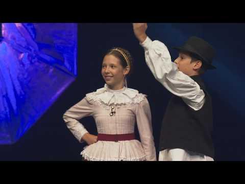 Krepsz Anna és Krepsz Ákos - Sárközi Ugrós És Friss