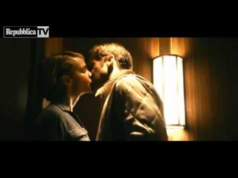 Ryan Gosling and his kisses....