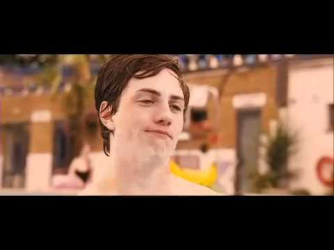 Angus Thongs and Perfect Snogging (Pool Scene)