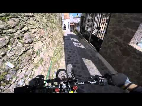 Race Run Downhill Taxco 2014 - Remy Metailler - Gopro POV